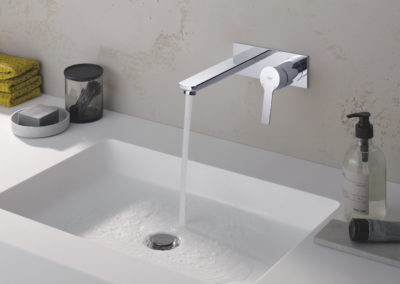 Lineare - Wall mounted basin mixer- 19409001